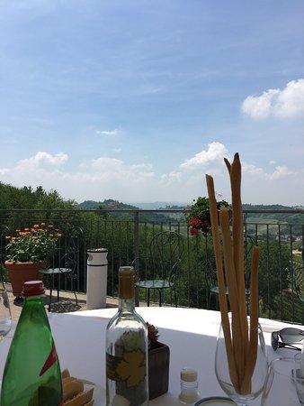 Vinchio, Italië: photo0.jpg