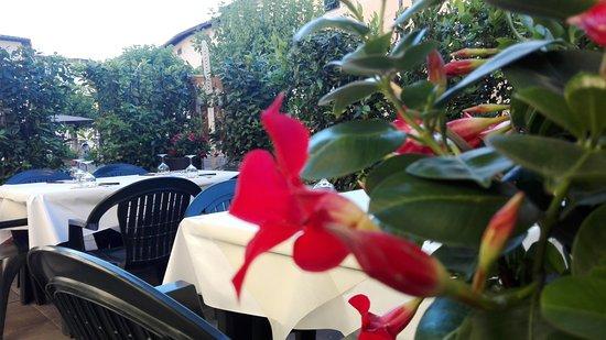 Figline Valdarno, Italia: Caffè al Teatro