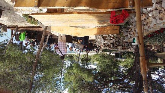 Milna, Kroatië: Restoran Lucice Bay