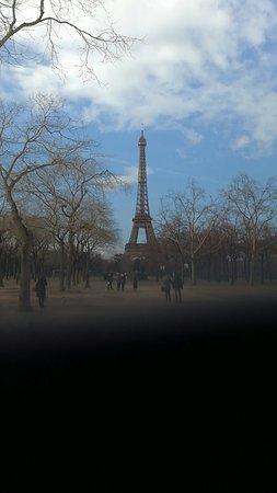 Hotel Ares Paris: Snapchat-2075362067_large.jpg