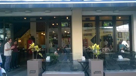Barueri, SP: Fachada do restaurante que fica no Shopping Tamboré