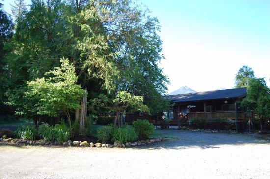 Concrete, WA: Bear Hollow guest house