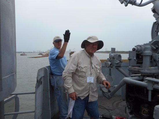 Seawolf Park: Volunteers restoring one of our 40mm guns