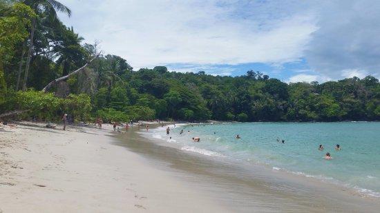 Parque Nacional Manuel Antonio, Costa Rica: main beach