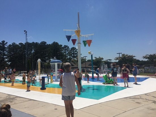 Hartselle, AL: SNAP Playground