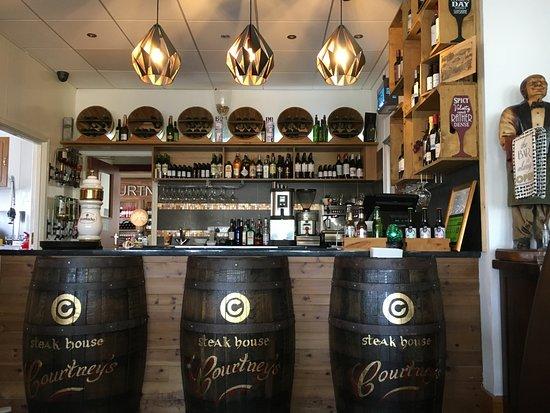 Newry, UK: Bar