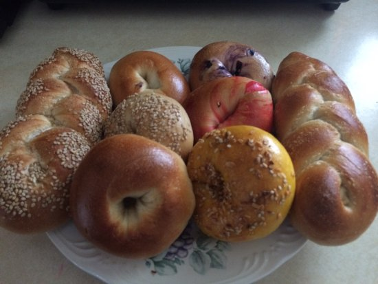Bayport, NY: Friendly Bagels Cafe