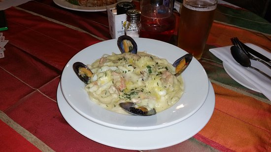 The Med Seafood Bistro: Pasta Cape Seafood