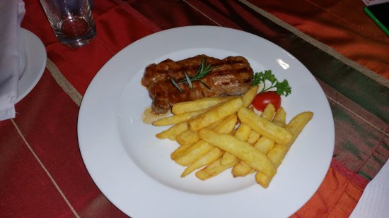 The Med Seafood Bistro: Sirloin Steak