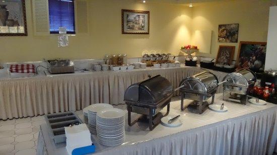 DeVere Hotel: ontbijtbuffet