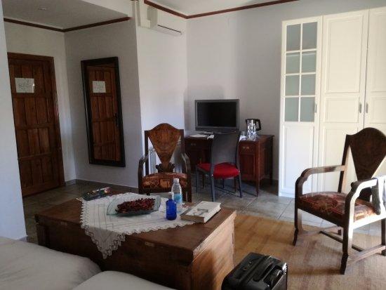 Casa Rural El Aguila: TV, agua, tés...