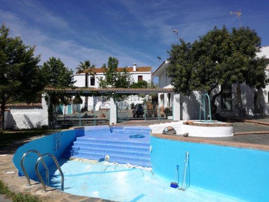 Montemolin, Spain: Piscina