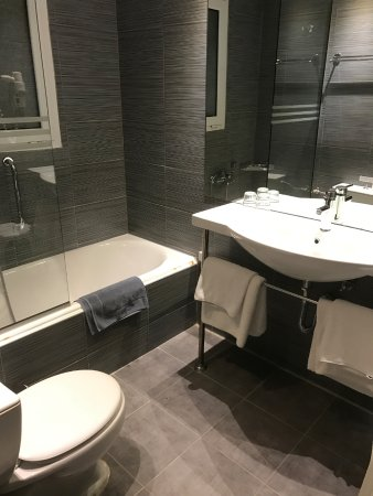 Mare Nostrum Thalasso Hotel: Salle de bain