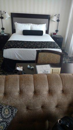 Gaslamp Plaza Suites: Cama super confortável