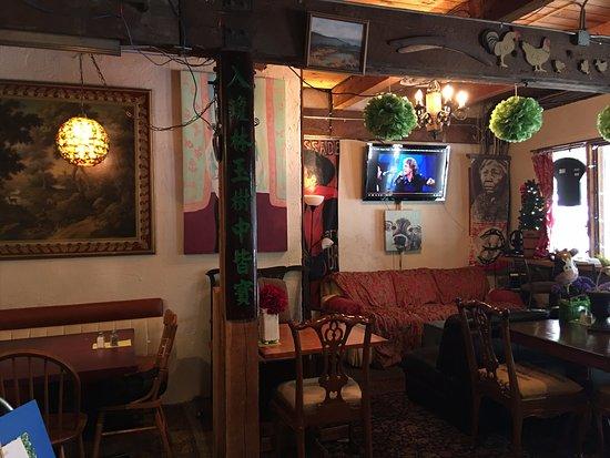 Λάνγκλεϊ, Καναδάς: The restaurant looks like someone's home