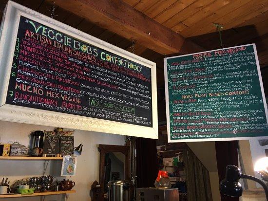 Langley City, Canadá: Menu in Veggie Bob's