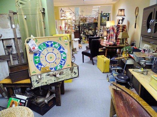 inside picture of marietta antique mall marietta tripadvisor. Black Bedroom Furniture Sets. Home Design Ideas