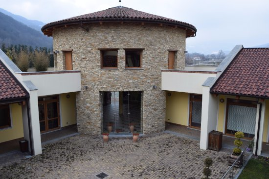 Monviso Resort Photo