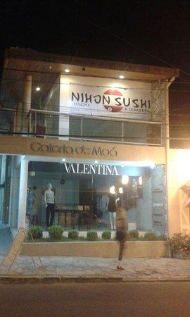 Nihon Sushi e Temakeria