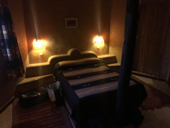 Auberge Ksar Sania: Habitación con la cama principal