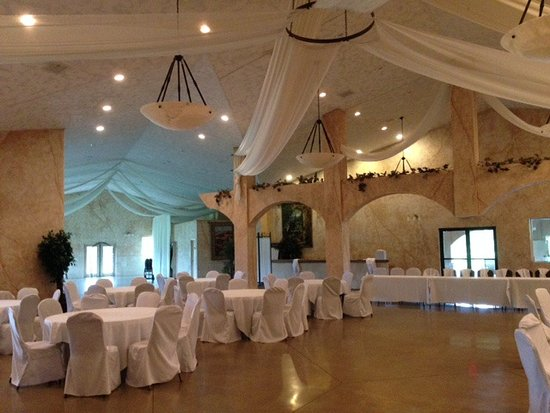 Maryville, IL: Still setting up, but this shows the 'Wedding Room' next to the Reception Hall.