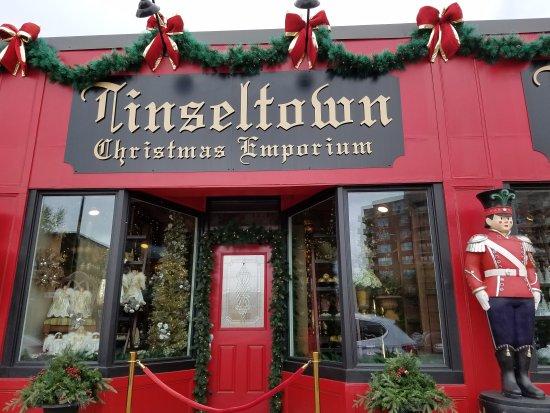 Resultado de imagem para Tinseltown Christmas Emporium