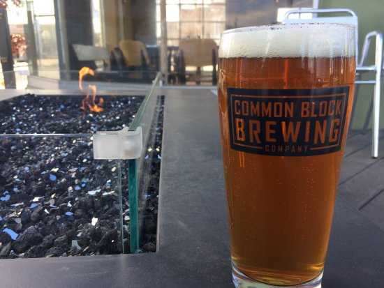 Medford, OR: Rogue Runner IPA by the outdoor fire pit
