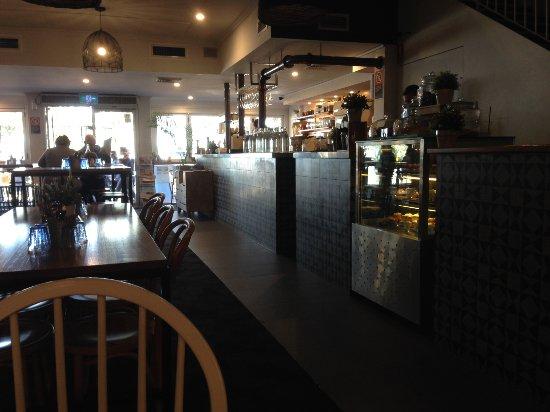 Warners Bay, Australia: Stylish-looking restaurant.
