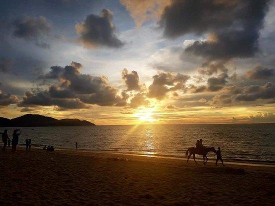 Batu Ferringhi, Malasia: FB_IMG_1495843531646_large.jpg