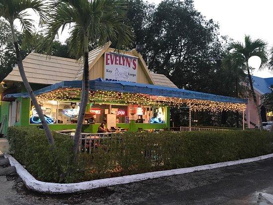 Evelyn's Restaurant: photo1.jpg