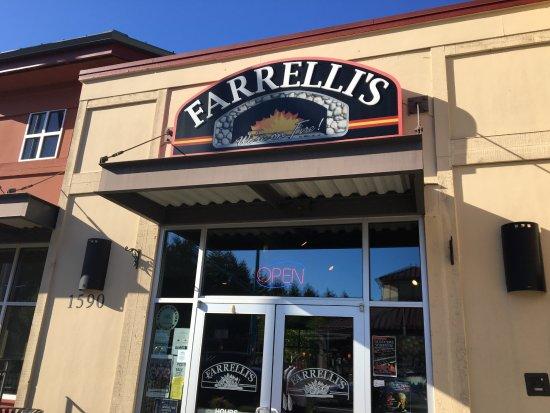 Dupont, WA: Farrelli's