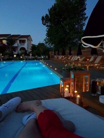 Bitzaro Palace Hotel: received_125386458032660_large.jpg