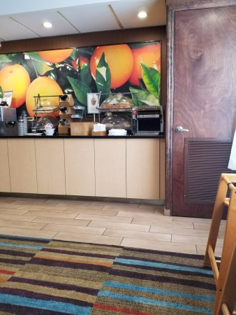 Fairfield inn suites fort myers cape coral recenze a for 7090 cypress terrace fort myers