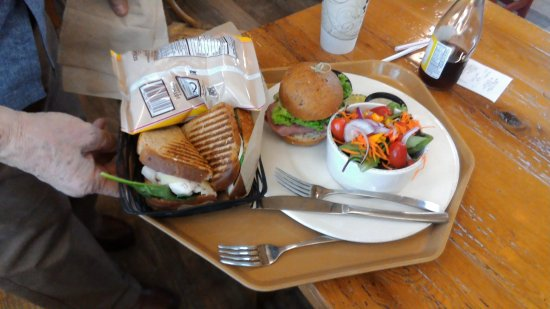 Elbridge, NY: lunch choices