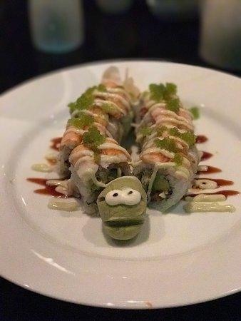 Skokie, IL: Makisu Sushi Lounge and Grill