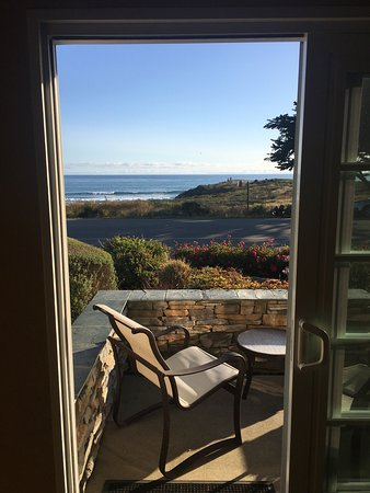 Fireside Inn on Moonstone Beach: View from our ocean front king room