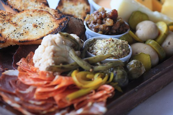 Oxford, MS: Meat & Pickle Plate