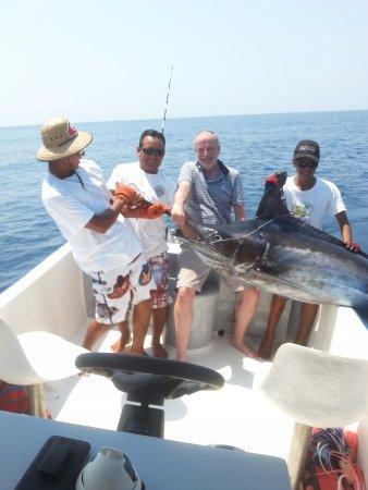 Omar's sportfishing: marlin azul!