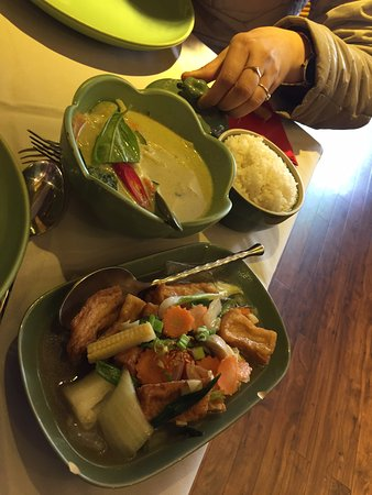 Jintana Thai Restaurant: Thai curry with rice