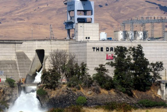 The Dalles Lock and Dam Visitor Center