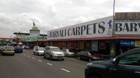 Nilai 3 Textile Shopping Complex