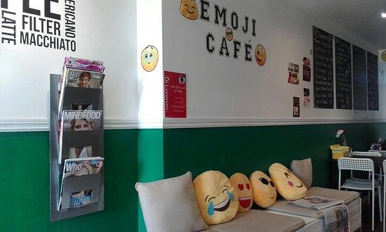 Crows Nest, Australia: Inside the Emoji Cafe, waiting seats