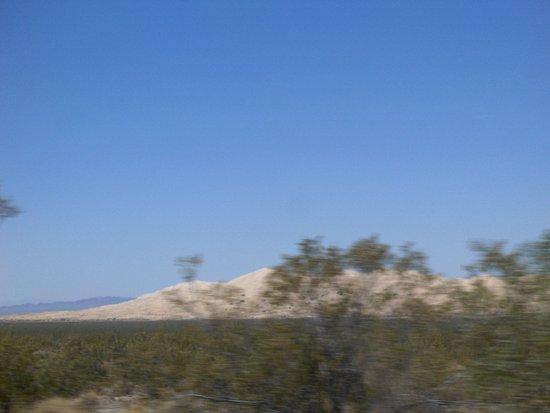 Essex, Californie : The dunes