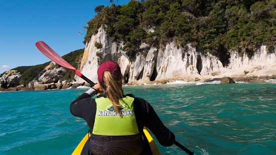 Marahau, New Zealand: Kahu Kayak Tour Tasman Able