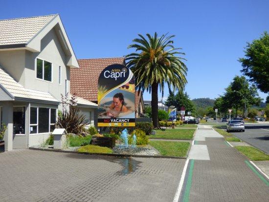 Arista Capri Motel Φωτογραφία