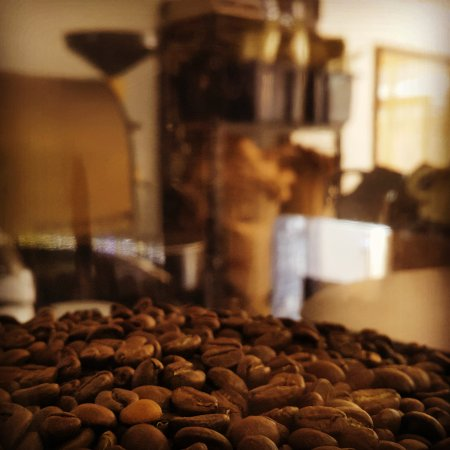 Ashmore, Australia: First Fruits Coffee