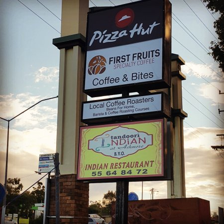 Ashmore, Australië: First Fruits Coffee
