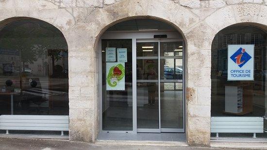 Baume-les-Dames, Frankrike: L'Office de Tourisme à déménagé en 2017 nouvelle adresse Place de la République à Baume-les-Dame
