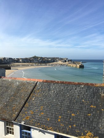 Trevose Harbour House: Views from our room and a typical breakfast that I ate everyday!