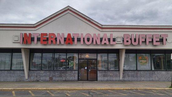 Bergenfield, NJ: International Buffet